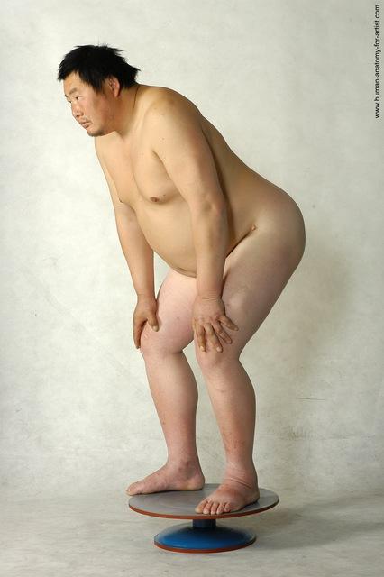Nude short chubby — photo 14