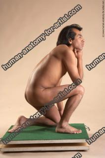 Photo Reference of edwin kneeling pose 69
