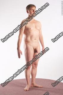 eduard standing 25