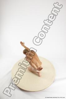 fedor kneeling 19a