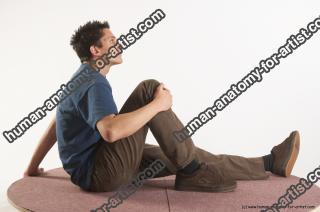 marian sitting 07
