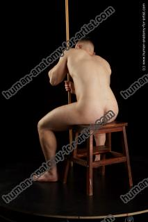 sitting reference of torin16